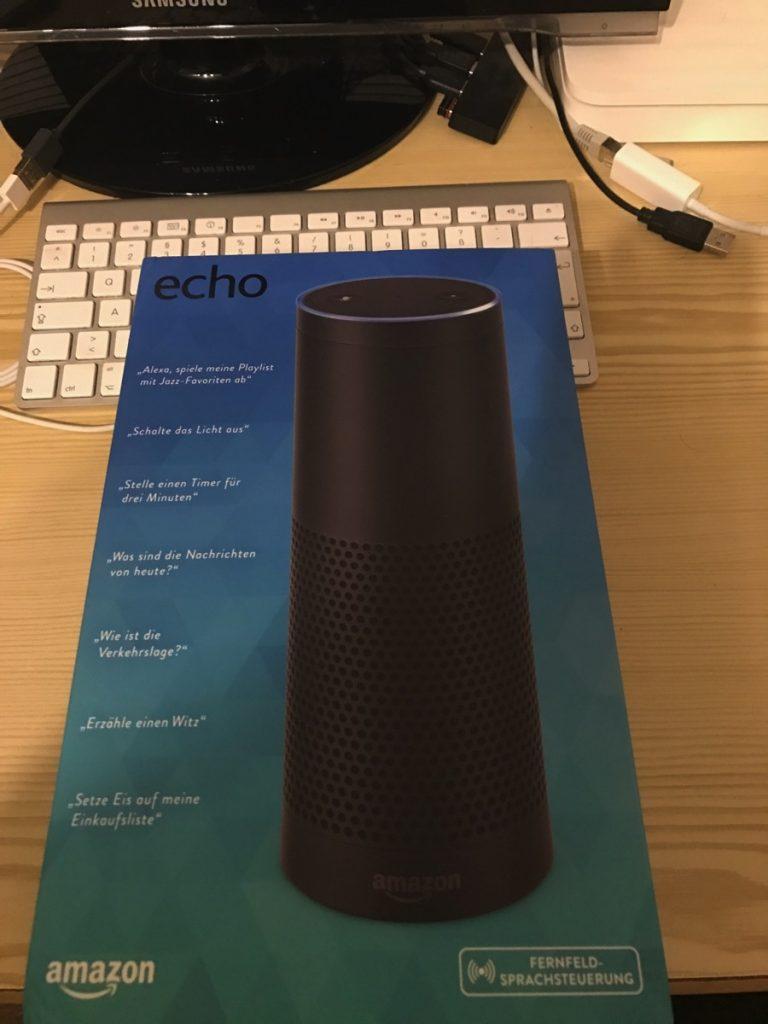 Foto von der Verpackung des Amazon Echos