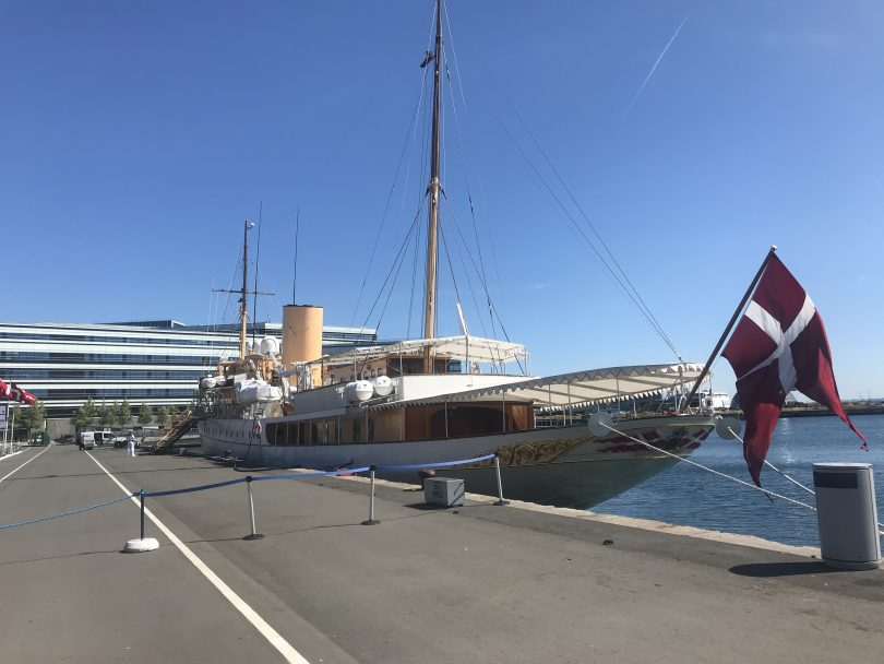 Foto der königlichen Yacht Dannebrog