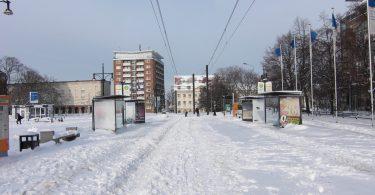 Zugeschneite Straßenbahngleise